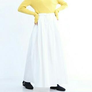 メルロー(merlot)の【新品*タグ付き】merlot ロングスカート(ロングスカート)