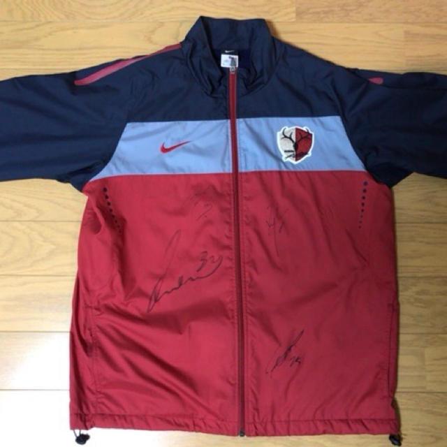 NIKE(ナイキ)の2010年シーズン 鹿島アントラーズトレーニングウェア スポーツ/アウトドアのサッカー/フットサル(応援グッズ)の商品写真