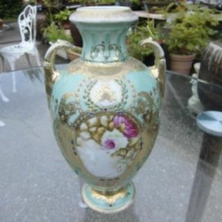 高級な、大型の壺(陶芸)