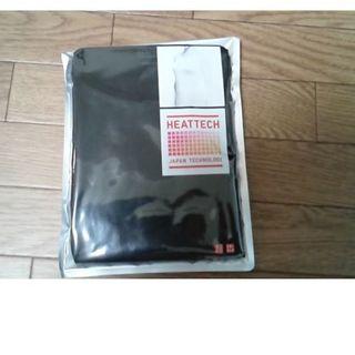 ユニクロ(UNIQLO)のユニクロヒートテック 黒 丸襟(アンダーシャツ/防寒インナー)