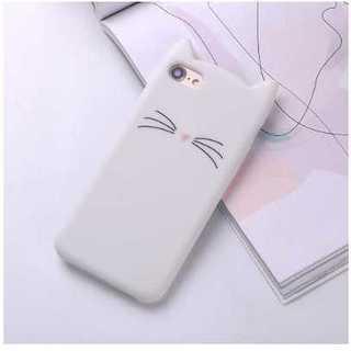 【大人気】 iPhone7 ケース♡可愛い白猫♡ シリコンカバー(iPhoneケース)