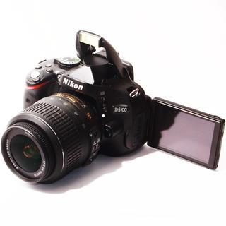 ★極上品★自撮り&手振れ補正レンズ★ニコン D5100 レンズ(デジタル一眼)