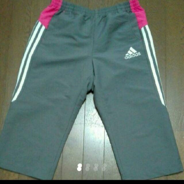 adidas(アディダス)のadidas 膝下ハーフパンツ L サイズ レディースのパンツ(ハーフパンツ)の商品写真