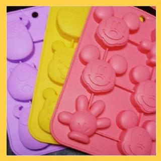 ディズニー(Disney)の【大福まる様専用】プチケーキ型☆3点セット(調理道具/製菓道具)