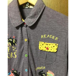 ラフ(rough)のベリーキュートプリント、刺繍シャツ rough 猫のかくれんぼ(シャツ/ブラウス(長袖/七分))