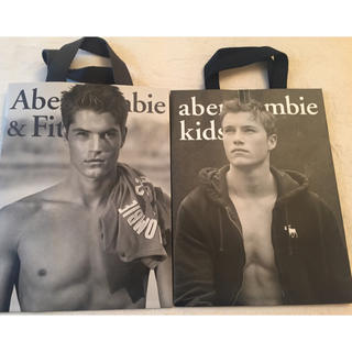 アバクロンビーアンドフィッチ(Abercrombie&Fitch)の人気ショップ袋頑丈! アバクロイケメン袋二枚(ショップ袋)