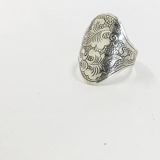 インデアンジュエリー   繊細彫刻 シルバーリング  男女(リング(指輪))