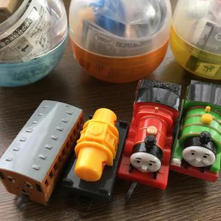 タカラトミーアーツ(T-ARTS)のトーマスカプセルプラレールパーシージェームスセット(電車のおもちゃ/車)