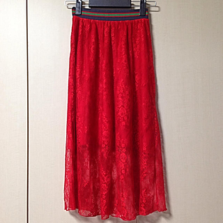 バウムウンドヘルガーデン(BAUM UND PFERDGARTEN)のバウムウンドヘルガーデン レーススカート(ひざ丈スカート)