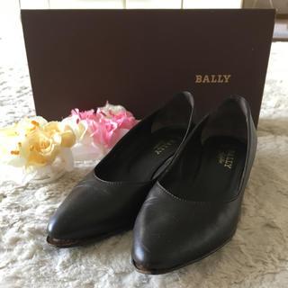 バリー(Bally)のシンプルデザインが素敵♪バリーパンプス(ハイヒール/パンプス)