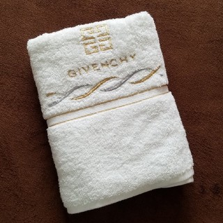 ジバンシィ(GIVENCHY)の新品未使用 GIVENCHY バスタオル(タオル/バス用品)