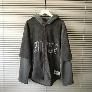 ナイキ(NIKE)のナイキ NIKE 重ね着風 グレー XL Tシャツ フード  (Tシャツ/カットソー(七分/長袖))