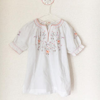 flower - embroidery blouse