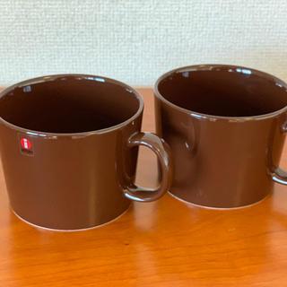 イッタラ(iittala)のイッタラittala TEEMA マグカップ 廃盤カラー ブラウン2個セット(グラス/カップ)