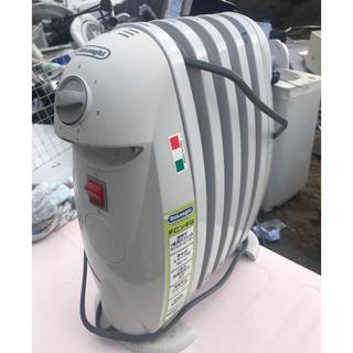 デロンギ(DeLonghi)のデロンギ・小型オイルヒーター!モデル・TRN050C (オイルヒーター)