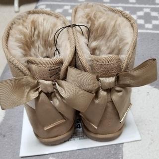 ジーユー(GU)の新品未使用リボンムートンブーツ(ブーツ)