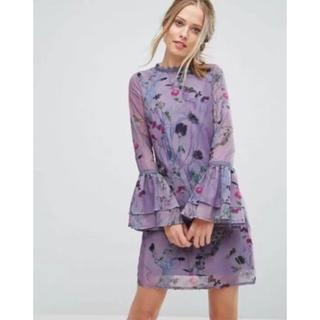 チチロンドン(Chi Chi London)のLittleMistress ドレス フラワー ワンピース パープル(ミニドレス)