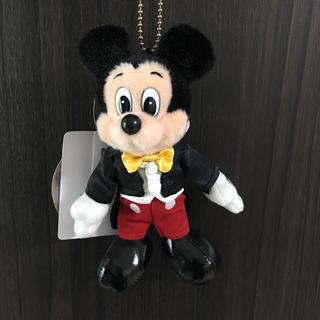 ディズニー(Disney)の定価以下❤️新品*ディズニー  ミッキー  35周年 ぬいぐるみ バッジ(キャラクターグッズ)
