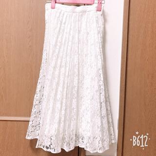 ジーユー(GU)の49.白レースプリーツフレアスカート (ひざ丈スカート)