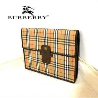 バーバリー(BURBERRY)の【未使用】Burberry バーバリー クラッチバッグ ロゴ(クラッチバッグ)