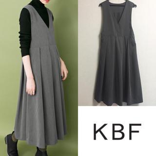 ケービーエフ(KBF)のKBF BIGプリーツジャンパースカート(ロングワンピース/マキシワンピース)