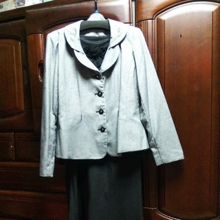 ベルーナ(Belluna)のレディース入学式フォーマルスーツ(スーツ)