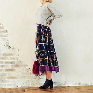 The Virgnia - ヴィンテージスカーフ柄 スカート ♡