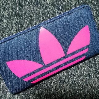 アディダス(adidas)のadidas デニム ラウンドファスナー 長財布 ウォレット ネオンカラー(財布)