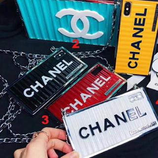 CHANEL - CHANEL 携帯ケース