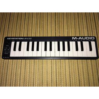 M-AUDIO MIDIキーボード