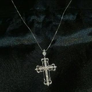 アヴァランチ(AVALANCHE)の10金 クロス 本物 ダイヤ セット(ネックレス)