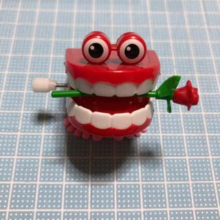 ②カタカタ入れ歯 オモチャ(知育玩具)