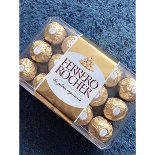 コストコ(コストコ)のサックサック❤フェレロ ロシェ T30 ❤30個入 海外チョコレート(菓子/デザート)