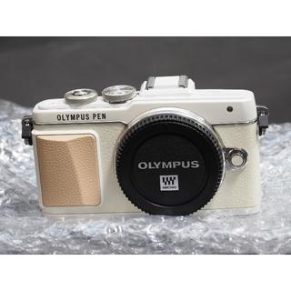 オリンパス(OLYMPUS)のオリンパスPEN  E-PL7ボディ!超美品(ミラーレス一眼)