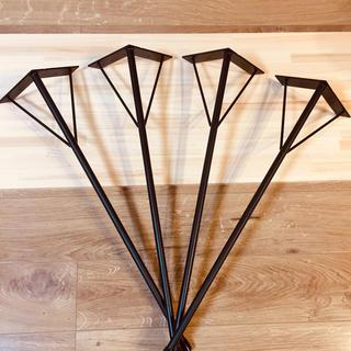 テーブル脚 角度付アイアンレッグ 高さ680ミリ 径16ミリ(ダイニングテーブル)