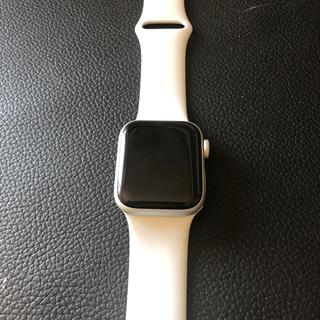 アップルウォッチ(Apple Watch)のアップルウォッチseries4セルラーモデル未使用(腕時計(デジタル))