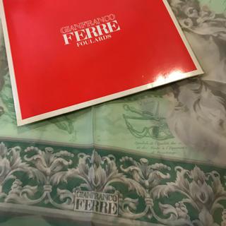 ジャンフランコフェレ(Gianfranco FERRE)のシルク  スカーフ(スカーフ)