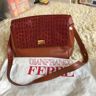 ジャンフランコフェレ(Gianfranco FERRE)の正規本物イタリア製FERREのショルダーバッグ(ショルダーバッグ)