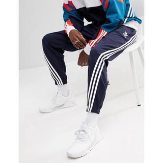 アディダス(adidas)の【Mサイズ】新品タグ付 adidas  3ストライプ ジャージパンツ ネイビー(その他)