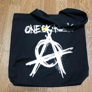 ワンオクロック(ONE OK ROCK)のONE OK ROCKトートバッグ(トートバッグ)