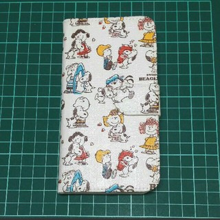 iPhone X  手帳型ケース スヌーピー(iPhoneケース)