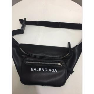 バレンシアガ(Balenciaga)のバレンシアガ レザー ボディバッグ ウエストバッグ 希少! ブラック(ボディーバッグ)