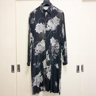 ヨウジヤマモト(Yohji Yamamoto)の新品未使用 BLACK Scandal スカルローズ ロングシャツ 送料無料(シャツ)