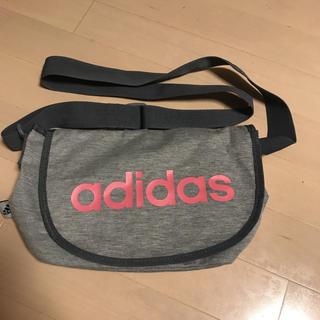 アディダス(adidas)のadidas ショルダーバッグ(ショルダーバッグ)