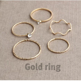 《可愛い♡ゴールドリング》5つセット※大人気です(リング(指輪))