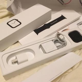 アップルウォッチ(Apple Watch)のApple Watch Series 4 GPS 44mm 黒(腕時計(デジタル))
