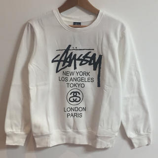 ステューシー(STUSSY)のSTUSSYサイズM白ステューシーロゴスウェット(トレーナー/スウェット)