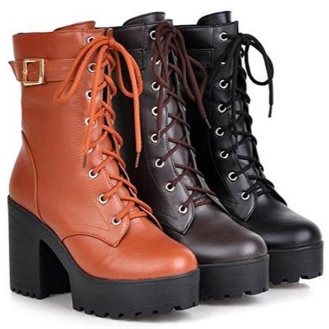 マーガレット様専用 レディースショートブーツ ★レースアップ 編み上げブーツ♪ メンズの靴/シューズ(ブーツ)の商品写真