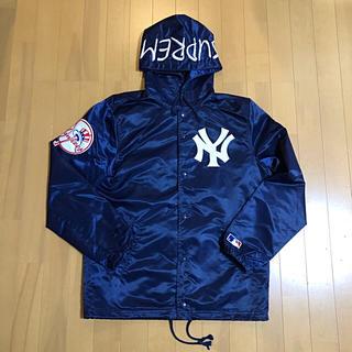 シュプリーム(Supreme)のSupreme/NY Yankees ロゴワッペン サテンフーデットジャケット(ナイロンジャケット)