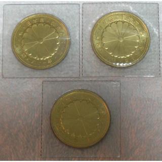 天皇陛下御在位60年記念10万円金貨 昭和61年3枚セット(貨幣)